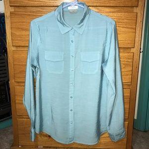 VanHeusen women's blue blouse size M